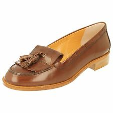 HB Ladies Shoes Style-5575 Colour-Brown Slip on Tassel Detail Small Heel