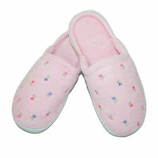 New Isotoner Womens Extra Small Terry Embroidered Clog Slippers