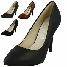 Ladies Spot On Pointed Toe Court Shoes / High Heel / Slip On