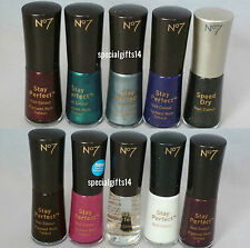 Boots No7 Stay Perfect & Speed Dry Nail Polish
