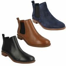 LADIES CLARKS LEATHER PULL ON CASUAL LOW HEEL ANKLE CHELSEA BOOTS TAYLOR SHINE
