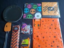Halloween-Black/Orange Party Range -Plates,Napkins,Confetti,Straw(small postage)