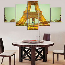 Eiffel Tower Under Lights Picture Abstract Canvas Painting Wall Art Home Decor