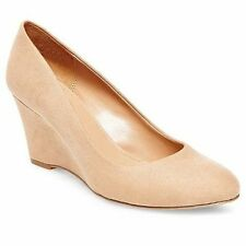 New Womens Merona Ellen Wedge Pump Style 096033732 Tan 120R lr