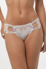 LISE CHARMEL model Magic Sexy tanga color white