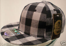 NEW ETHOS PLADDED GRAY & BLACK CHECKED FITTED HAT CAP