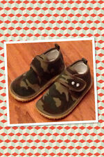 NIB~BOUTIQUE~MOO SHU TRAINERS~SQUEAKY SHOE~CAMOUFLAGE~CAMO~CRYSTALS