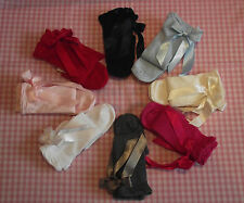 BN Girls Classic Knee Length Socks with Bows by Carlomagno