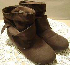 Girls Rampage Brown Faux Suede Boots Booties Shoes SZ 2 3 NWOT