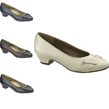 Soft Style Women's Pleats Be With You Pumps - New With Box
