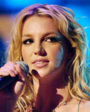 BRITNEY SPEARS CLOSE UP BEAUTIFUL FACE PHOTO OR POSTER