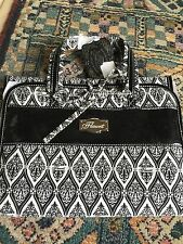 Flaunt by Faith Nicole Broadway Black Cosmetic Roll Bag NWT Going Going Gone