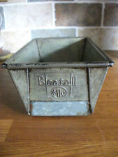 Vintage 1950s 'Beatall' Metal Oven Loaf Tin.