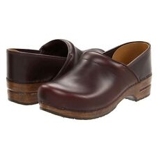 DANSKO PROFESSIONAL WOMENS BROWN LEATHER SLIP ON CLOSED BACK CLOGS SHOES SZ NEW