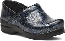 DANSKO PROFESSIONAL WOMENS SILVER BLUE TOOLED PATENT LEATHER STAPLED CLOGS SIZE