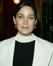 Carrie-anne Moss Color Poster or Photo