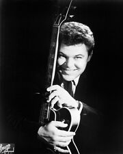 Roy Clark Poster or Photo