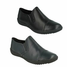 LADIES CLARKS TWIN GUSSET LEATHER SLIP ON CASUAL FLAT WORK SHOES BELGRAVE VENUS