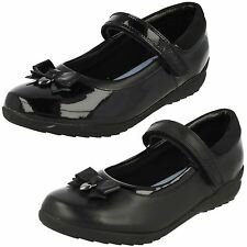 GIRLS CLARKS BLACK LEATHER & BLACK PATENT SCHOOL SHOES STYLE TING FEVER INF