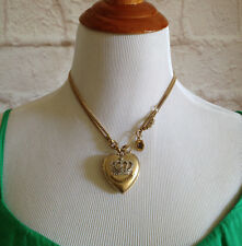 Juicy Couture Fashion Necklace with pendant
