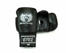 KickBoxing Sparring Muay Thai Traing Gloves Laced uo Boxing Gloves Black