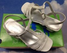 Jumping Jacks White V Closure Open Toe Heel Dressy Sandal Kid Size 3-5 /Women 7