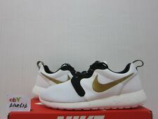 Nike Roshe Run HYP PRM QS  Gold Trophy   Yeezy   NYC