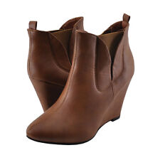 Women's Shoes Bonnibel Ben 01 Pointy Toe Wedge Ankle Booties Tan *New*