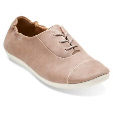 Clarks Womens FEATURE SHOW Cap-toe Lace-Ups Oxfords Shingle Leather 26108408
