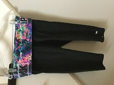 PINK VICTORIA SECRET SIZE MEDIUM CAPRI LENGTH YOGA PANTS