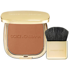 Dolce & Gabbana The Bronzer Glow Bronzing Powder Color: Natural 10