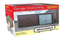 Hornby Skaledale R9809 Garage Outbuilding - OO Gauge - Ready To Use!