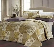 Beautiful Floral Vintage Patchwork Quilted Bedspread / Throw + 2 Pillow Shams