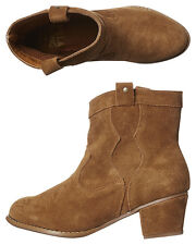 Women's Billabong - Arizona Suede Leather Boots, Size 7 - 10. NWT, RRP $129.99.
