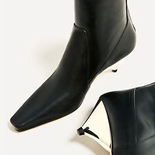 ZARA WOMAN 2017 LAMINATED LEATHER Triangular-shaped heel ANKLE BOOTS 5120/101