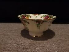 ++++Royal Albert Old Country Roses Bowl dated 1962 immaculate ++++