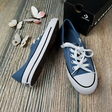 New CONVERSE size 6.5, 8 womens blue Chuck Taylor All Star Ox low top sneaker