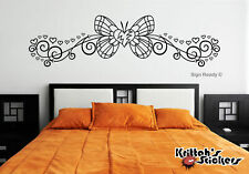 BUTTERFLY WITH HEARTS Vinyl Wall Decal bedroom decor art pinstripe curls B067
