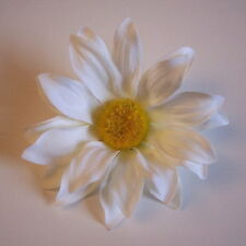 SHASTA DAISY ARTIFICIAL FLOWER HAIR CLIP/PIN BROOCH