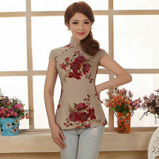 Attractive Women Wearing Short-sleeved T-shirt Printing