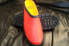 Rubber Gardening Clog (idea for camping and caravanning too) Red