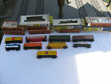 Lot Of 9 HO Scale Tyco~AHM~Roco & Cox Train Cars