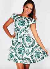 Green & White Skater Dress Paisley Print Pattern Casual Sleeves Vintage