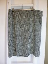 BNWT Pure Collection textured  black/white lined pencil skirt  size 20