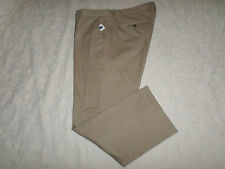 GAP KHAKIS PANTS MENS TAILORED STRAIGHT FIT SIZE 42X30 ZIP FLY NEW WITH TAGS