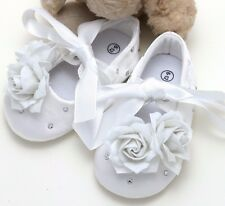Infant Newborn Baby Girl White Rose Crystal Ties Crib Shoes (Size 6-12mths)