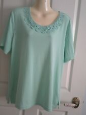 XL NONI B  PALE green ROUND NECK LACE DETAIL STRETCH TOP  SHORT SLEEVE NWT $29