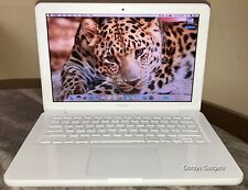 white-apple-macbook-laptop-226ghz-4gb-250gb-133-mc207lla-late-2009-sierra