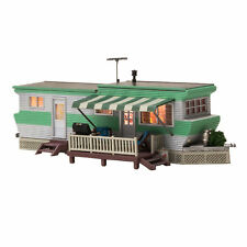 Woodland Scenics HO Scale Built-Up Building/Structure Grillin & Chillin Trailer
