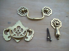 POLISHED BRASS CABINET CUPBOARD DRAWER FANCY ORNATE SWING DROP PULL HANDLES
